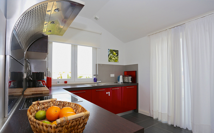 roth-grafik-design-Villa-Belvedere-Kitchen.png